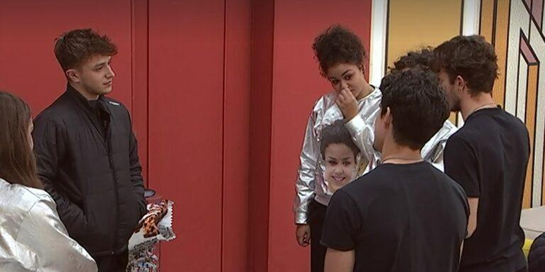 Amici 19, Jacopo torna in casetta: le parole di conforto agli altri concorrenti