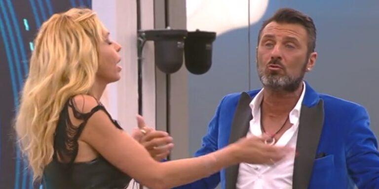 GF VIP, Ursula si schiera con Valeria dopo la lite con Sossio: l'inaspettata decisione (FOTO)