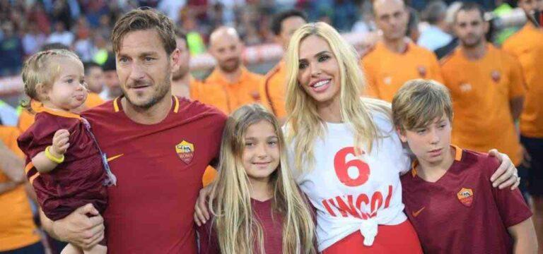 """Cristian Totti guida l'auto con mamma Ilary Blasi vicino, i fan tuonano: """"Ma ha l'età per farlo?"""" [FOTO]"""