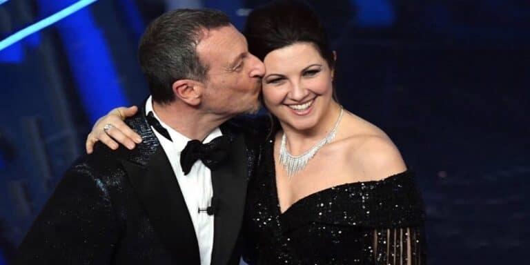 """Amadeus e Giovanna Civitillo annunciano la lieta novella: """"Finalmente è arrivata…"""" [FOTO]"""