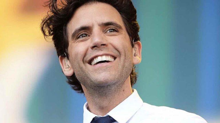 """Mika, la madre del cantante ricoverata ha il Coronavirus? """"sembra migliorare ma…"""""""