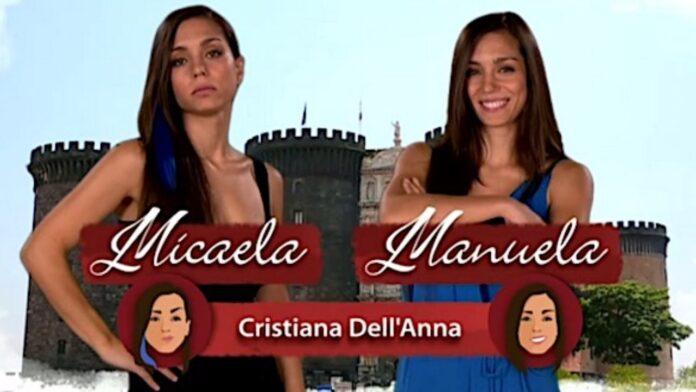 Cristiana Dell'Anna nel doppio ruolo di Micaela e Manuela