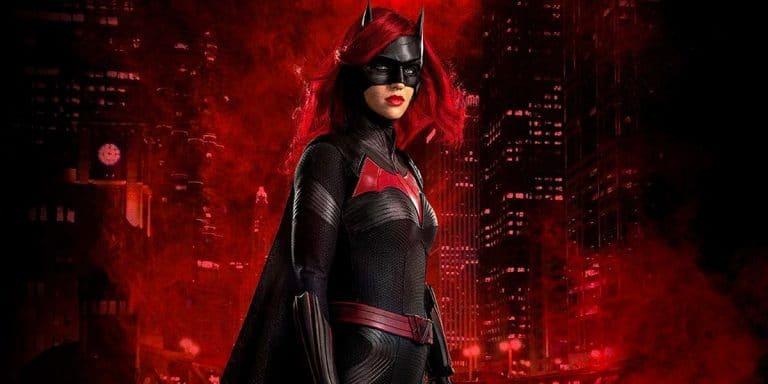 Batwoman, parla la showrunner: 'Ecco che cosa faremo nella seconda stagione senza Ruby Rose'