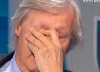 Vittorio Sgarbi in lacrime