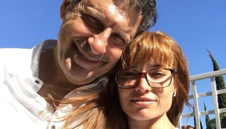 """""""Fabrizio Frizzi snobbato dalla Rai"""": la vedova Carlotta Mantovan fuori"""