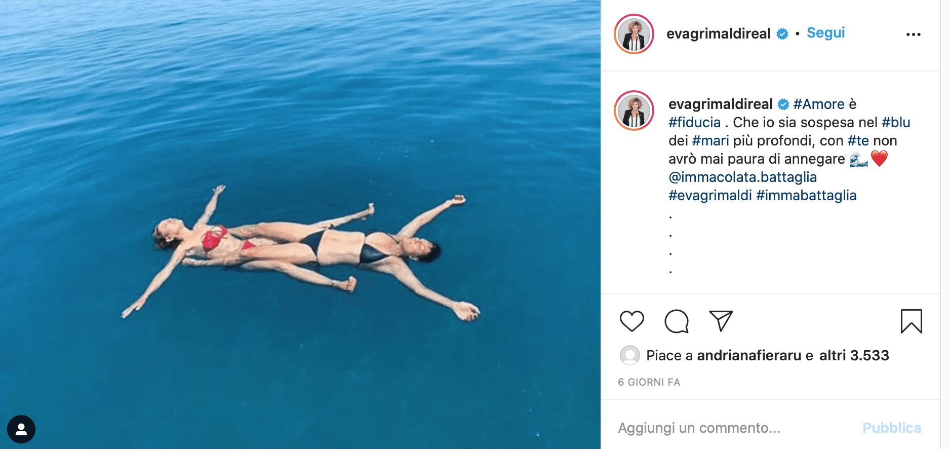 Eva Grimaldi e Imma Battaglia due sirene in alto mare (FOTO)