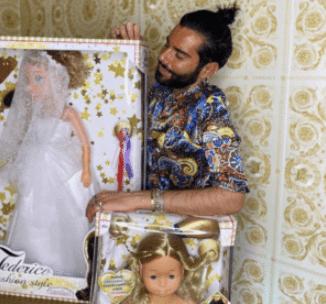 La linea di bambole di Federico Fashion Style