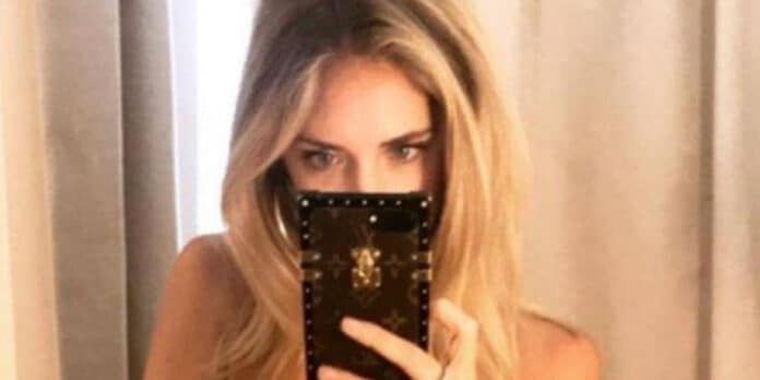 Chiara Ferragni in topless