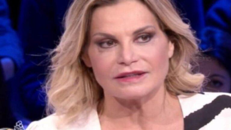 """Simona Ventura positiva al Covid, salta l'ospitata a Sanremo: """"è disperata"""" (VIDEO)"""