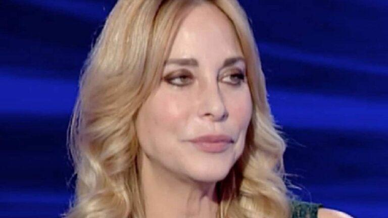 """Stefania Orlando sulla presunta crisi col marito: """"Ho deciso di prendermi un momento per me"""", i motivi"""