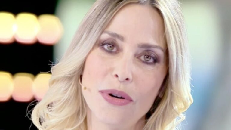 """Stefania Orlando sparita dalla tv dopo il GF Vip: """"Non c'è nessun non mi vuole, non c'è niente sotto, è una mia scelta"""""""