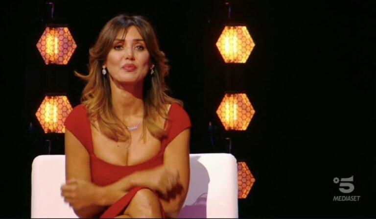 Isola dei Famosi nel caos, liti e denunce a Mediaset: Daniela Martani sul piede di guerra