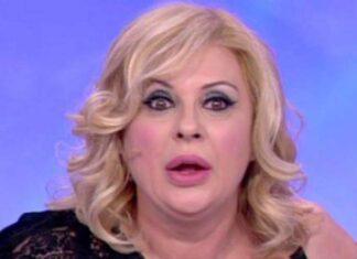 Tina Cipollari caduta