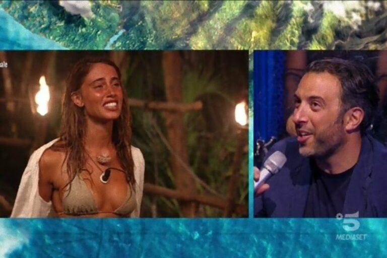 """Isola, Beatrice Marchetti al fidanzato Mathieu Magni: """"Ti amo"""", ma lui non risponde"""