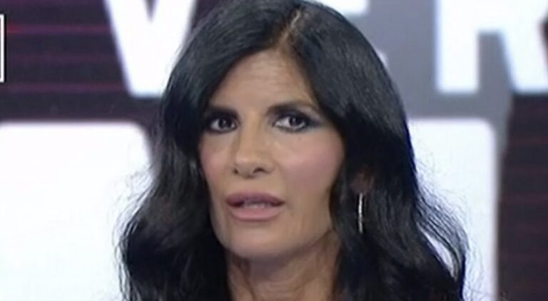 """Pamela Prati su Mark Caltagirone: """"Sono stata calpestata per gli ascolti, tv diabolica e colleghi falsi"""""""