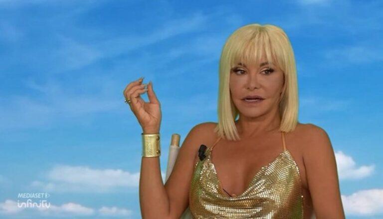 """Vera Gemma vuota il sacco: """"Mi hanno emarginata a L'Isola dei Famosi"""""""