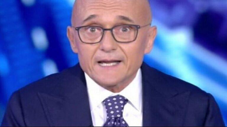 """GF Vip, che batosta per Alfonso Signorini che incassa un pesante no: """"Nessuna trattativa"""""""