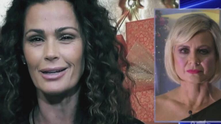 """Samantha De Grenet furiosa dopo le parole di Antonella Elia: """"La signora è il nulla"""""""