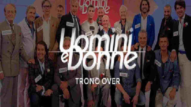"""Dramma a Uomini e Donne, ex dama del trono over scopre di avere un tumore: """"Alzati e lotta"""" (FOTO)"""