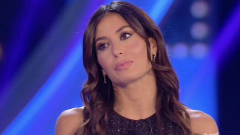 """""""Elisabetta Gregoraci ha perso il lavoro: sostituita nel nuovo programma tv"""" (FOTO)"""