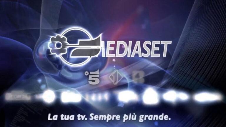 """Dopo Alessia Marcuzzi un'altra conduttrice dice addio a Mediaset: """"Si chiude la mia esperienza"""" (FOTO)"""